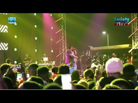 BARRY JHAY'S PERFORMANCE AT WIZKID #MADEINLAGOS ! *A MUST WATCH*