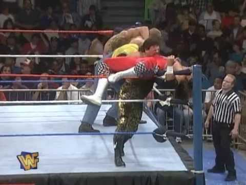 Royal Rumble - COPYRIGHT : WWE ROYAL RUMBLE 1990 on http://www.youtube.com/watch?v=Rokmn60xXec.