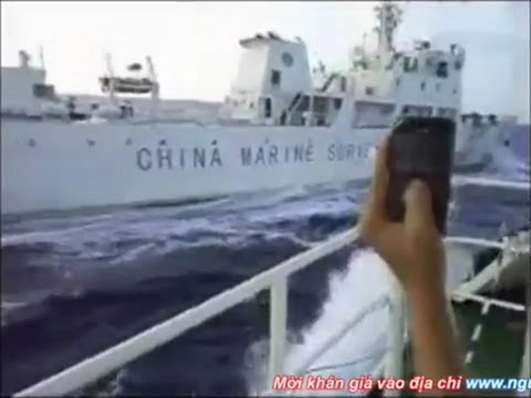 Tàu Việt Nam đuổi và đâm tàu hải giám Trung Quốc (Bản Tin Ngày 07/11/11)