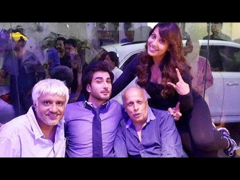 Bipasha Basu, Imran Abbas and the Bhatts at a spec
