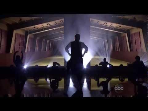 Gangnam Style – PSY ft. MC Hammer  [American Music Awards 2012] HD FULL