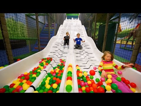 Fun Indoor Playground for Family and Kids at Leo's Lekland #2 (видео)
