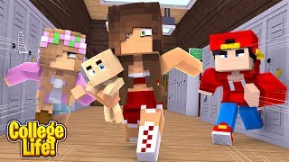 THE CHEERLEADERS TAKE THE BABY!! COLLEGE LIFE | Minecraft Little Kelly