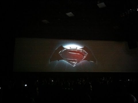 Superman vs Batman Movie Announced at Comic-Con 2013 !! (2015 Release)