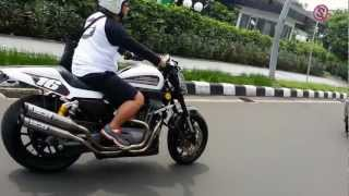 7. Radical XR1200 Rolling in Jakarta City