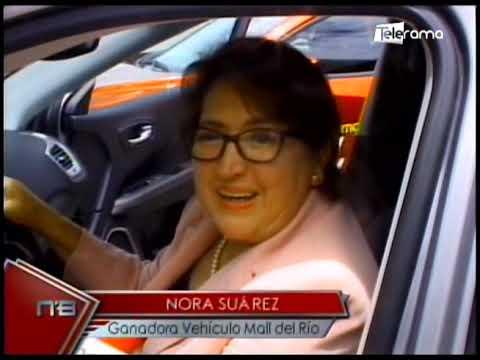 Gerardo Ortíz entrega vehículos a ganadores de 3 centros comerciales