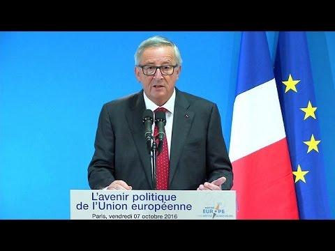 Παρίσι: Μήνυμα στήριξης στις διαπραγματεύσεις για το TTIP από Γιούνκερ