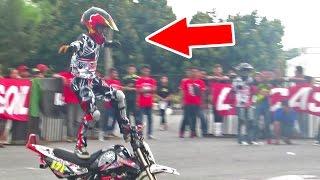 Video Anak Kecil Kelas 5 SD Atraksi Motor, Stunt Rider Cilik Indonesia - JOGJA BIKE FESTIVAL (Kid Stunter) MP3, 3GP, MP4, WEBM, AVI, FLV November 2017