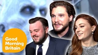 Subscribe now for more! http://bit.ly/1NbomQa Ross King hits the red carpet to chat to Kit Harington, Sophie Turner and John Bradley about how Game of ...