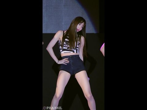 "EXID Hani's Legendary Viral Fancam Of ""Up & Down"" Hits 20 Million Views on YouTube"