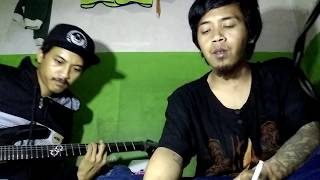 Tiga Titik Hitam (BURGER KILL) cover accoustic version by : vanz gothic & giant)