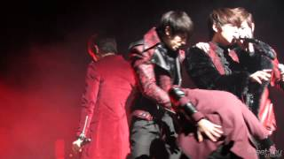 Video [fancam] 130219 C-Clown 장안대 OT 축하공연 '멀어질까봐' Rome cut MP3, 3GP, MP4, WEBM, AVI, FLV Desember 2017