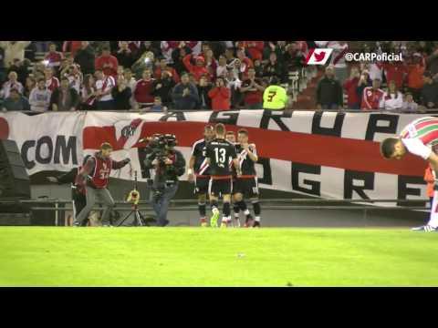 Primer gol de Driussi vs. Vélez