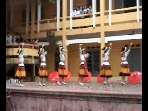 """múa """"cô giáo về bản"""" - 12A1 (07-10) THPT Hồng Quang.flv"""