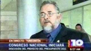 Hector Guillen-en el aeropuerto-lunes 29 de nov 10