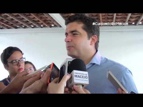 Prefeito entrega obras de reforma do PAM Dique Estrada