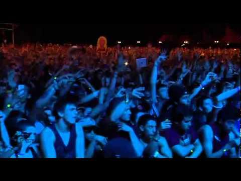 Video  Kanye West at Coachella 2011 (Full Concert)   part 4.mp4