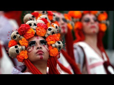 Mexico City celebrates Day of the Dead