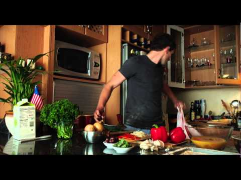 'Chronicle' Deleted Scene: 'Matt and Casey in the kitchen'