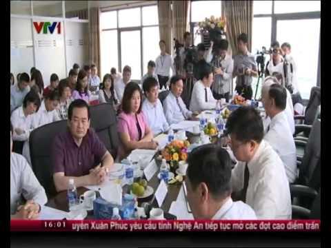 Chủ tịch Quốc hội Nguyễn Sinh Hùng làm việc với Liên đoàn luật sư Việt nam