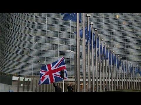 Βρετανία: Η επόμενη μέρα της έναρξης του Brexit