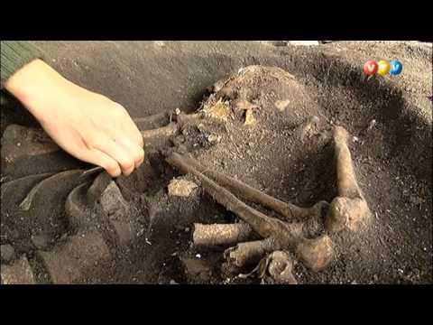 Arheoloģiskajos izrakumos Riņņukalnā arheologi atklājuši akmens laikmeta apbedījumu