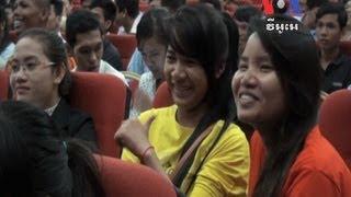 Youths Debate Party Policies យុវជនបង្ហាញគោលនយោបាយនៃគណបក្សរបស់ខ្លួន 1