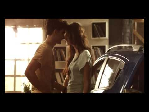 Sexy Levi's Commercial : ForePlay - Change Your World.