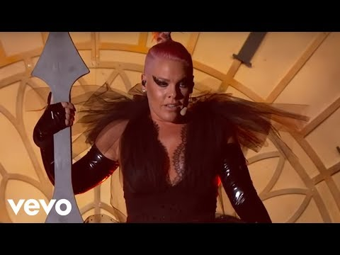 P!nk - Just Like Fire (2016 Billboard Music Awards Performance)_Zene vide�k