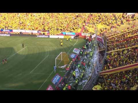 Gol de Máximo Banguera - Sur Oscura - Barcelona Sporting Club