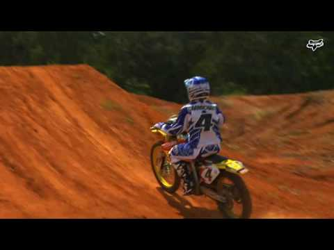 whip - Ricky Carmichael vous explique comment faire un whip, trs belle figure motocross.