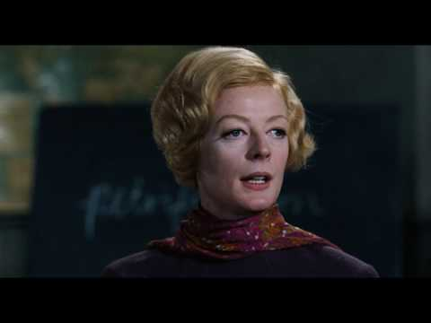 Maggie Smith #21 - The Prime of Miss Jean Brodie (1969) - To the point of petrification