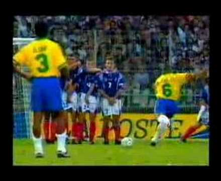 Roberto Carlos Free-Kick_Best sport videos ever