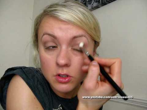 Makijaż dzienny w brązach