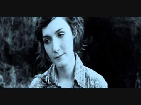 Tekst piosenki Sarah Blasko - Bury This po polsku