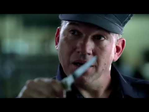 Prison Break - Bellick founds Knife in Michaels room