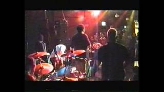 Download Lagu hard to swallow -  only a glimpse of (live manchester 1999) Mp3