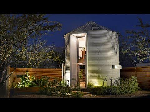 Newlywed Life in a Tiny Grain Silo Home (видео)