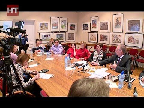 Губернатор Сергей Митин встретился с руководителями и журналистами СМИ области, а также блогерами