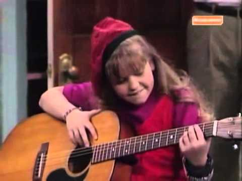 FULL HOUSE - DONNA JOE , PLAYING GUITAR. (видео)