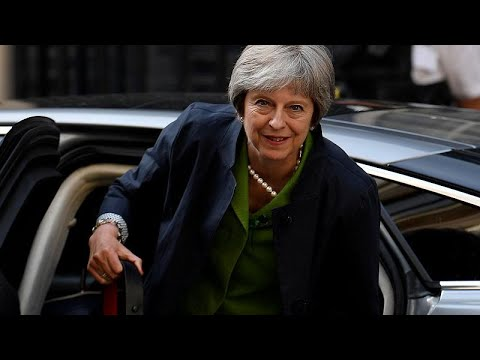 May besteht Brexit-Machtprobe mit Zugeständnissen - k ...