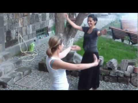 Ballo armeno con accompagnamento di duduk