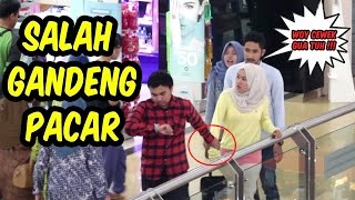 Video GREGET!!! Gandeng Pacar Orang di Mall -Prank Indonesia Nasgul#4 MP3, 3GP, MP4, WEBM, AVI, FLV Juli 2017