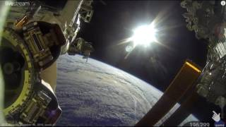 Video Bumi dari luar angkasa asli live MP3, 3GP, MP4, WEBM, AVI, FLV Desember 2018