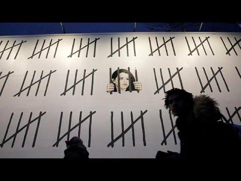 Τοιχογραφία στο Μανχάταν για φυλακισμένη Τουρκάλα δημοσιογράφο