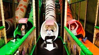 Video Toy Hunting at Leo's Indoor Playground MP3, 3GP, MP4, WEBM, AVI, FLV Maret 2019