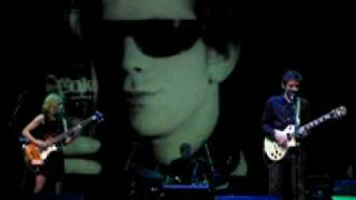 Download Lagu Dean and Britta perform to Lou Reed's screen test by Andy Warhol, Part 2 Mp3
