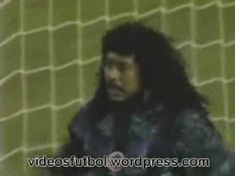 Vídeo Foto Higuita Goleiro Louco Defesa Escorpião