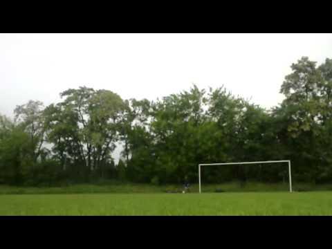 FootballKidsPL- Amatorski Knuckleball + bramkarz . Objaśnienia kanału.