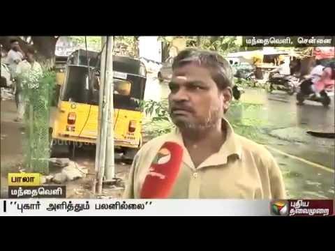 Overflowing-drainage-causes-health-hazard-and-traffic-snarl-near-Mandaveli-bus-terminus-Chennai